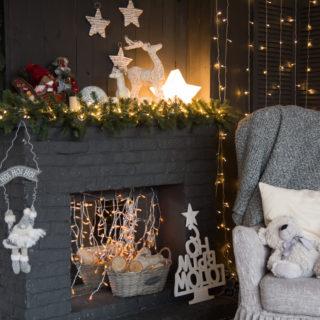 Le idee più belle per decorare il camino a Natale