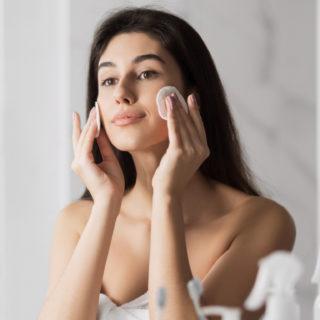 Step e prodotti (giusti) per una corretta pulizia del viso