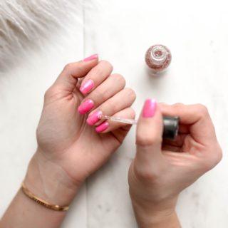 Beauty Alert: SOS unghie deboli, le migliori vitamine
