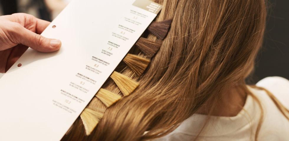Guida allo shatush: dalla scelta del colore ai consigli per capelli sunkissed