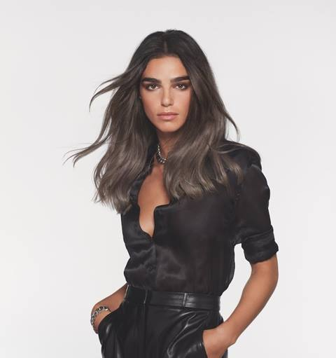 Smoky Hair L'Oréal Professionnel Cool and ash