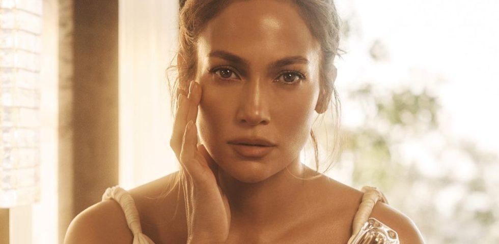 La skincare routine di Jennifer Lopez: segreti e prodotti