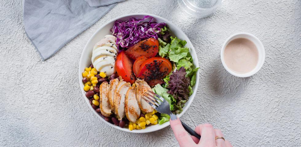 """Dieta oloproteica, cos'è e come funziona la """"liposuzione alimentare"""""""