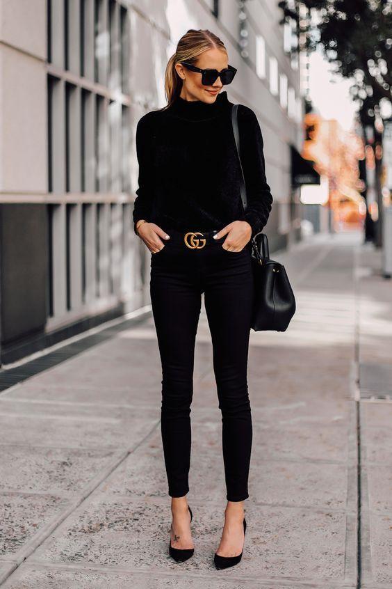look minimal total black