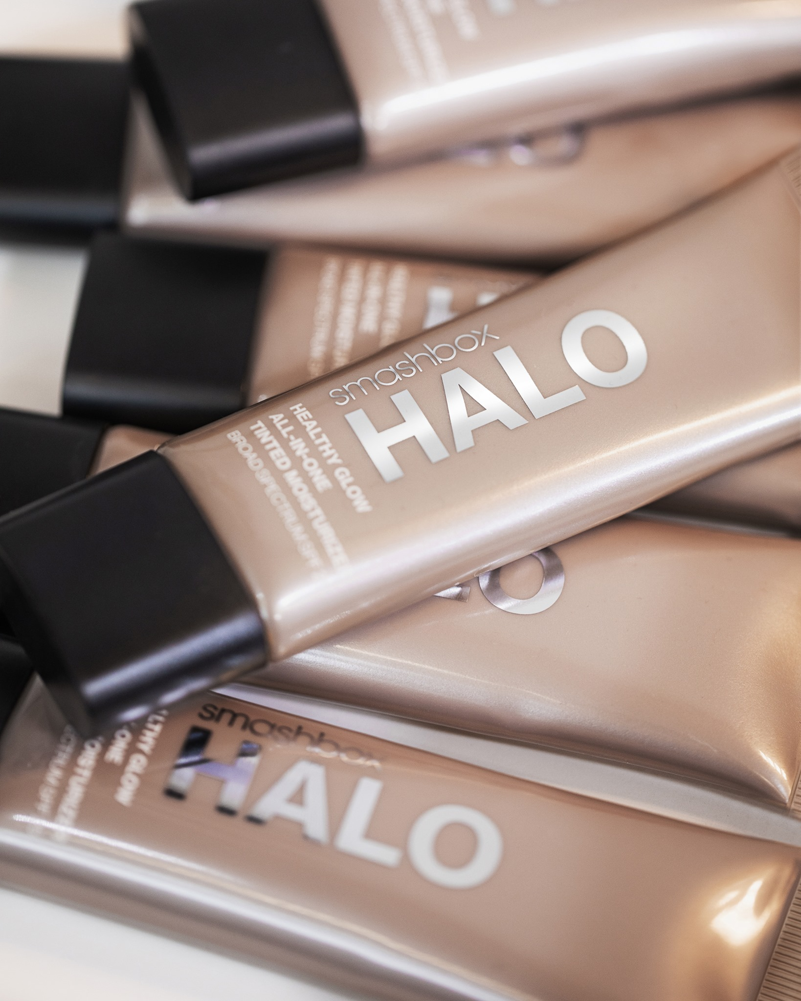 Smashbox Halo Healthy Glow All-in-One
