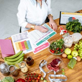 Dieta settimanale equilibrata (cosa mangiare e cosa evitare)