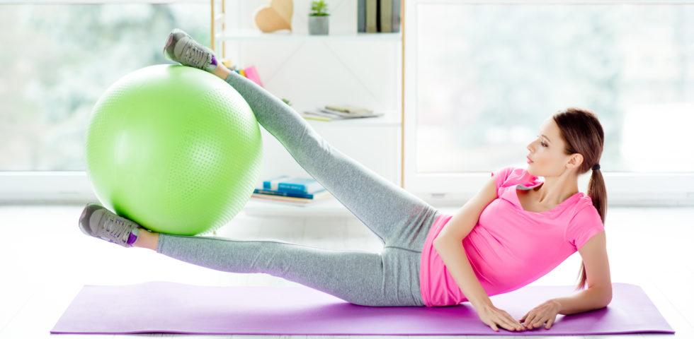 Consigli, esercizi e buone abitudini su come tonificare le cosce