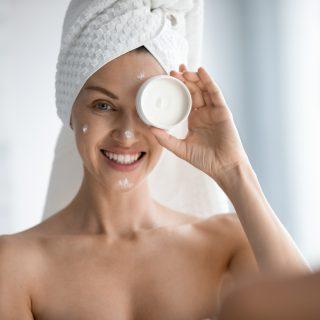 Guida alla skincare over 40