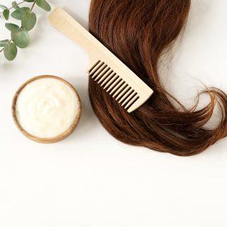 Le maschere ristrutturanti per ogni tipo di capelli