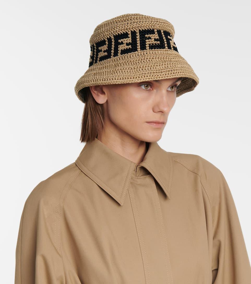 cappello crochet Fendi