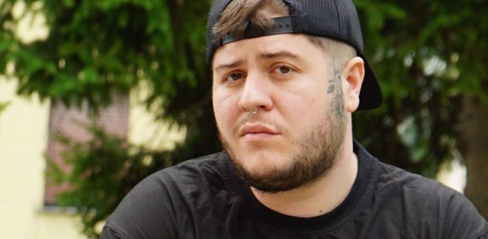 """Chi è Braco: il rapper di """"Resta ancora un po'"""" ospite a Battiti Live 2021"""