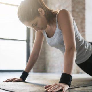 I (tanti) benefici degli esercizi con le polsiere