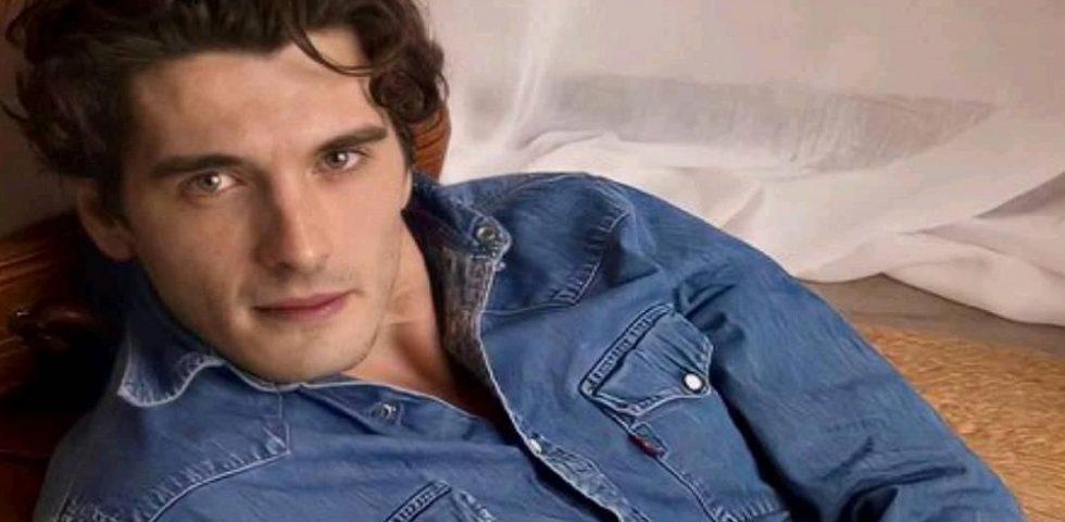 Chi è Yon Gonzalez, Julio Olmedo della serie tv Grand Hotel su Canale 5