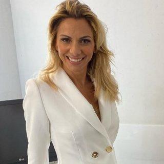Chi è Simona Branchetti, la conduttrice di Morning News su Canale 5