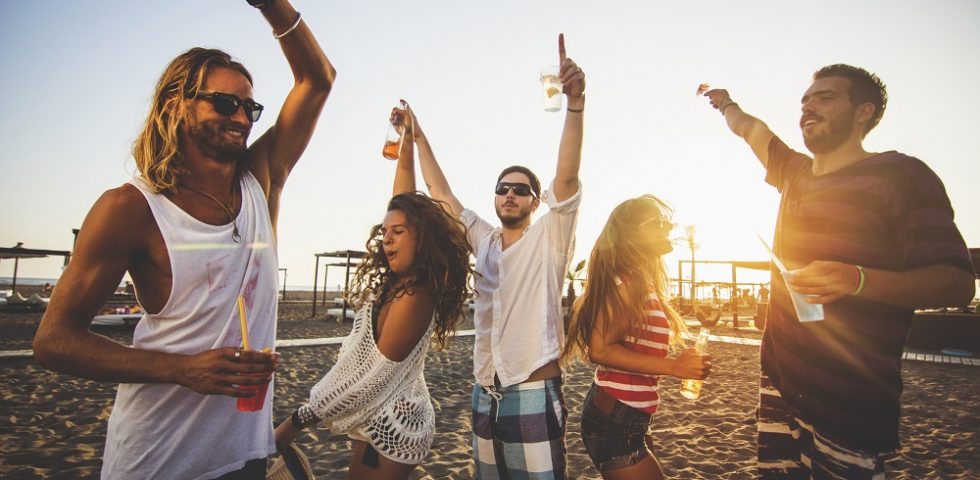 Quale canzone dobbiamo incoronare tormentone dell'estate 2021?