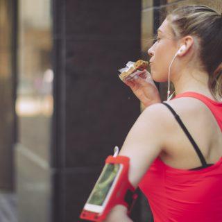 Allenarsi e mangiare bene anche d'estate