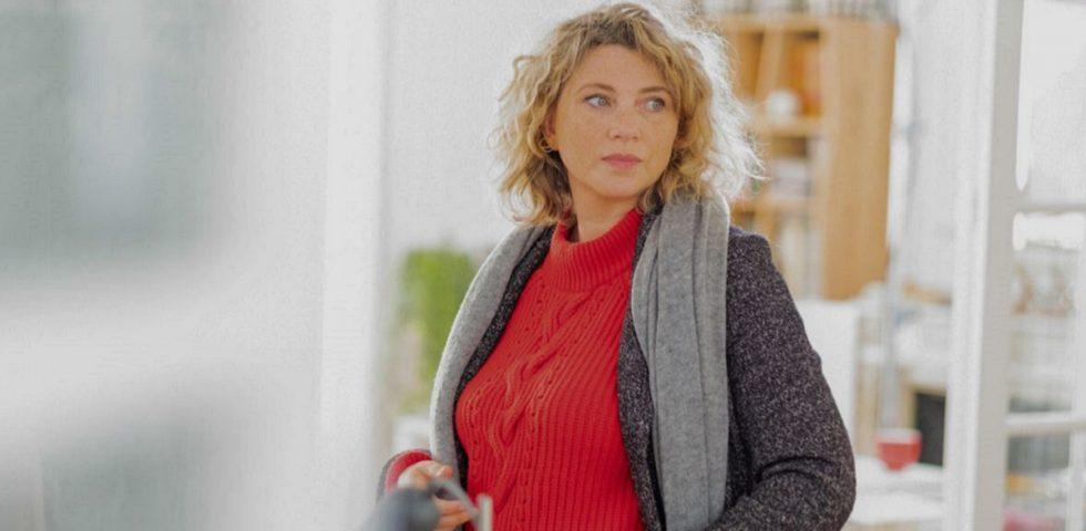 Chi è Cécile Bois, il volto della Gloria di Canale 5