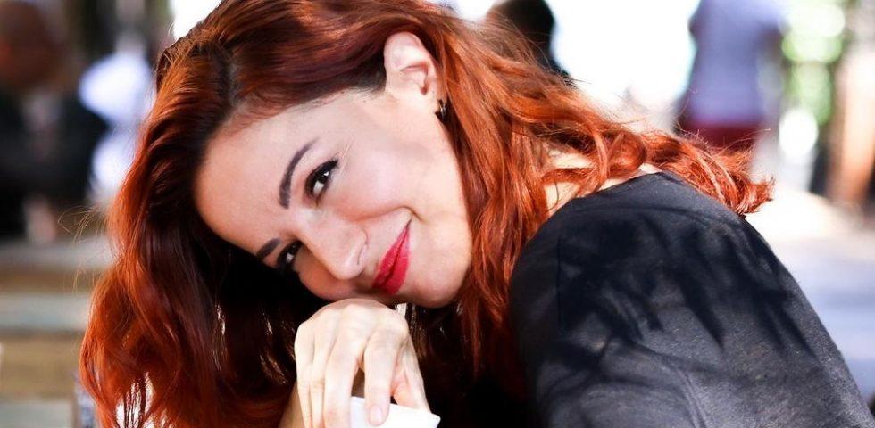 Chi è Andrea Delogu, la presentatrice di Ricomincio da Raitre