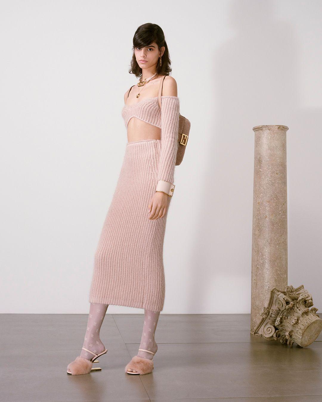 vestito lungo in lana