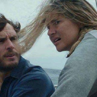 Resta con me, la vera storia del naufragio di Richard Sharp e Tami Oldham