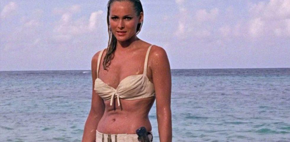 Agente 007 - licenza di uccidere: tutto sul film con la prima Bond Girl