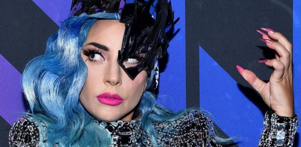 Dieci cose da sapere su Lady Gaga, imitata a Star in the Star