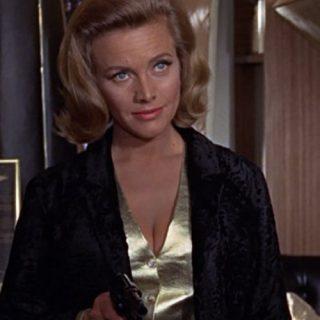 Tutto su Honor Blackman, la Bond girl di Agente 007- Missione Goldfinger