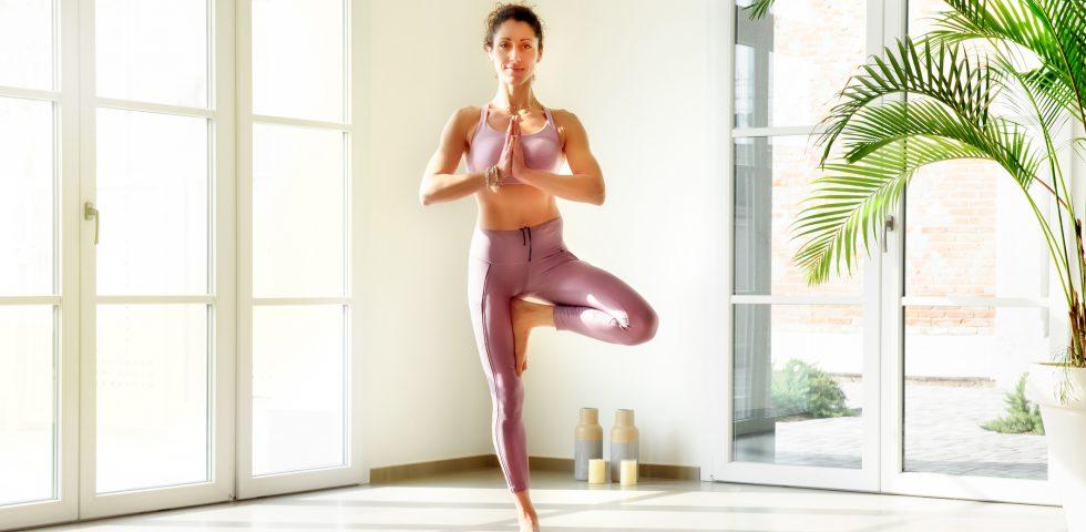 Power yoga, la pratica dinamica che aumenta energia e benessere