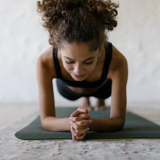 Esercizi isometrici, la ginnastica che tonifica i muscoli