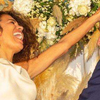 Il sorriso luminoso di Afef Jnifen il giorno del suo matrimonio