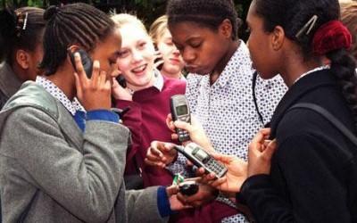 Adolescenti e cellulari 16