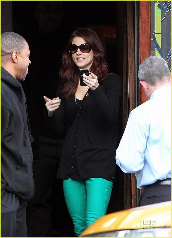 Ashley Greene a New York, il post Joe Jonas 2