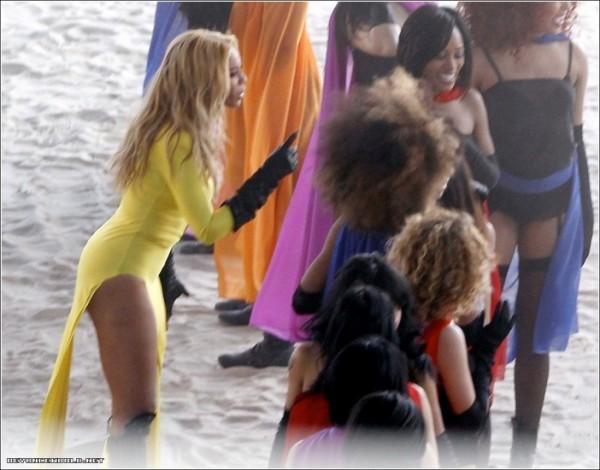 Beyoncé - Run The World (Girls) 2