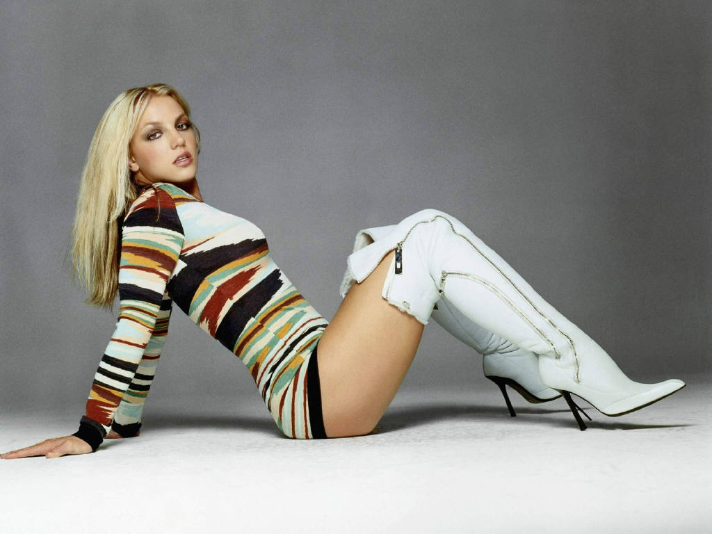 Britney Spears - Vagina Exposed!!