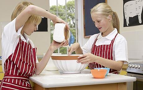 Bambini in cucina immagini diredonna - Cucinare coi bambini ...