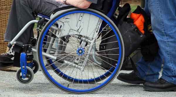 Disabili contro Mariastella Gelmini 2