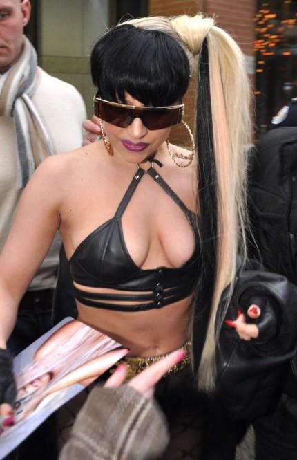 Lady Gaga a Parigi 2