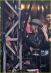 Il bacio tra Madonna e Jesus Kuz al concerto di Jay-Z