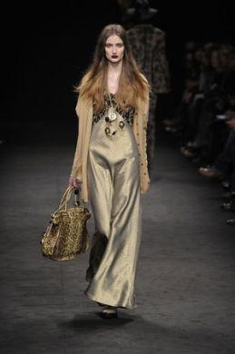 4miniangelo-marani-a-i-2011-2012-abito-pantalone-oro_0