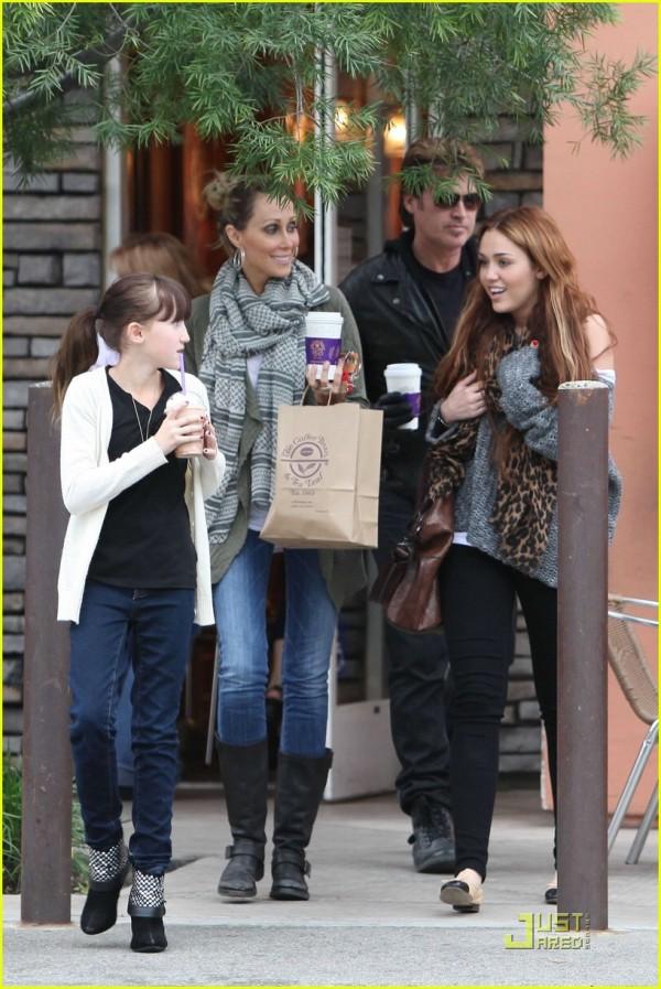 Miley Cyrus riunione familiare 2