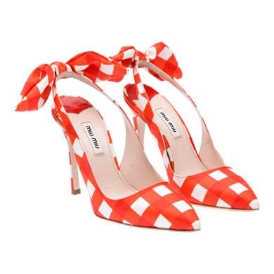 Miu Miu  scarpe a punta nella collezione estiva   DireDonna 6138efc6ba