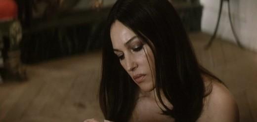 Monica Bellucci nuda delude in Unété brûlant | DireDonna