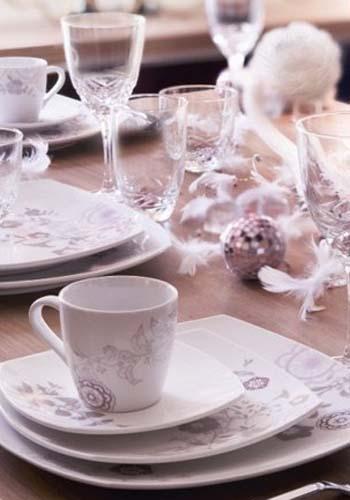 Natale idee creative per decorare la tavola diredonna - Decorare la tavola a natale ...