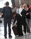 Renee Zellweger e Bradley Cooper all'aeroporto di Parigi