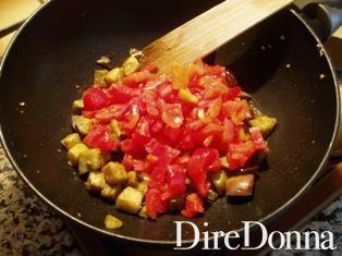 melanzane a dadini con pomodoro