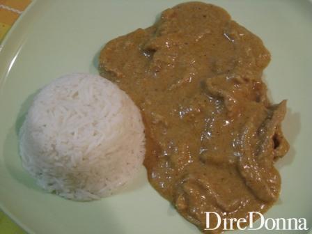 Manzo al Curry e latte di Cocco impiattato