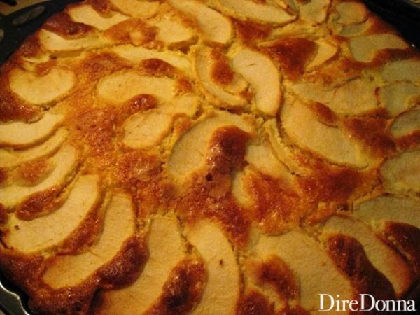 Torta di mele in forno
