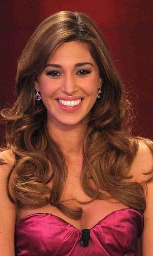 Sanremo 2011, terza serata - abiti di Belen Rodriguez e Elisabetta Canalis 2
