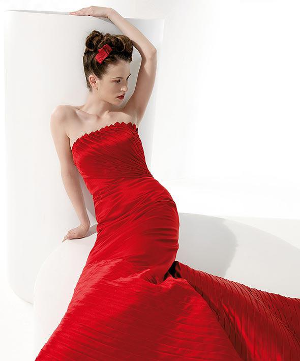 Matrimonio In Rosso : Matrimonio in rosso diredonna